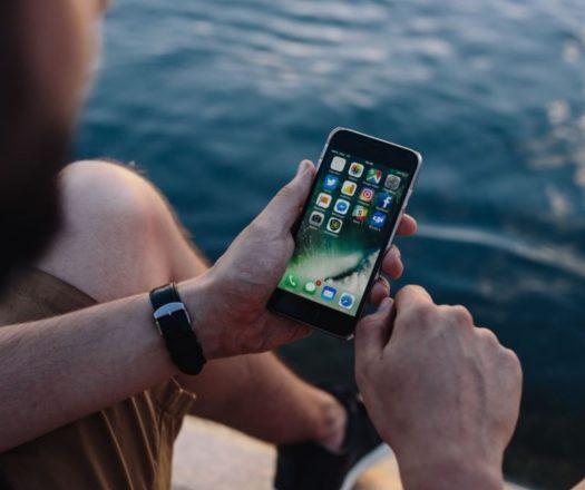 wieciecownecie czy lubimy swoje smartfony smartphone
